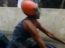 Wheelie Crash - Zu schnell, zu wenig Bremse, Aua