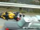 Yamaha R6 Crash - Direkt neben der Polizei gelowsidert