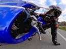 Yamaha R6 mit GoPro Max Hero 7 beim andrücken - Bääm