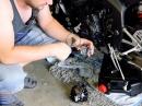 Yamaha R6: Ölwechsel & Kühlflüssigkeit - Projekt Racebike, ChainBrothers