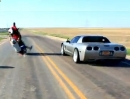 Yamaha R6 vs Chevrolet Corvette - 3 Sek. Dragrace