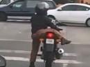 Zu klein fürs Motorrad? Nur eine Frage der Technik :-)