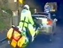 Zünftige Prügelei - Ein Autofahrer sieht rot attackiert Polizei