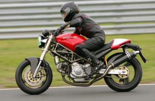 Bild Ducati Monster 900 von Desmofun