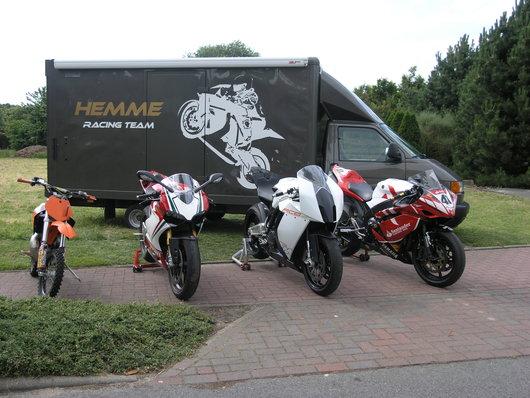 Bild Ducati 1199 S Tricolore von Hemme Racing Team