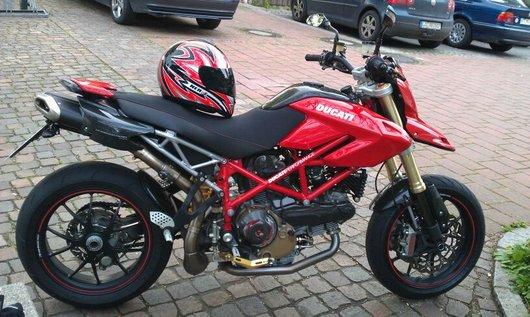 Bild Ducati Hypermotard 1100S von Hyperbonsai
