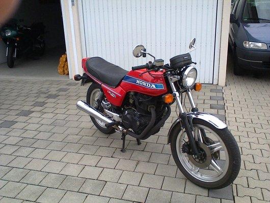 Bild Honda  CB 400 T von Walter