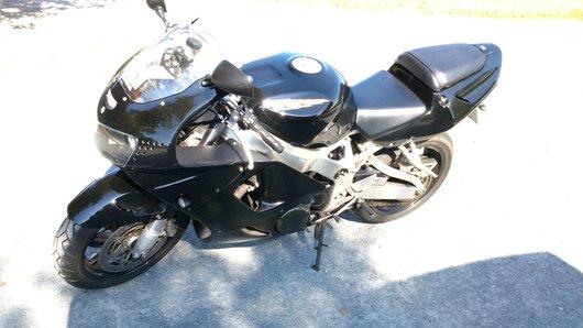 Bild Honda CBR 900 RR SC33 von skullblade