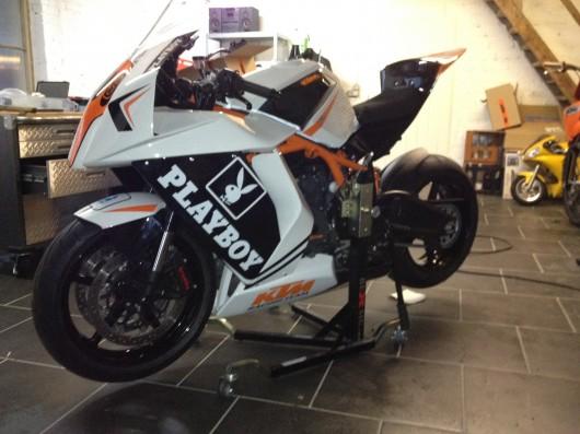 Bild KTM RC 8 R von Cook
