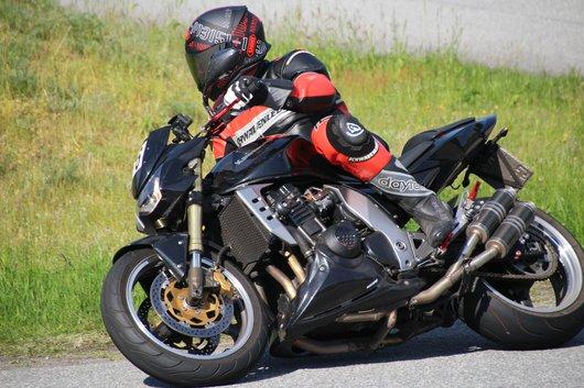 Bild Kawasaki Z1000 von Enzoline