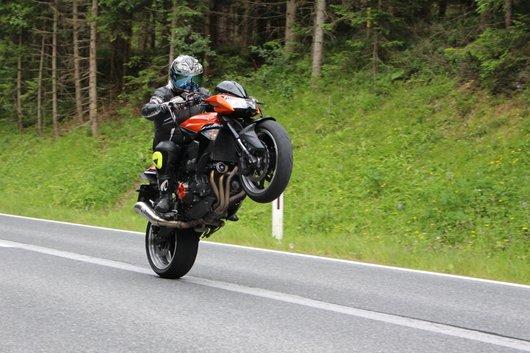 Bild Kawasaki Z1000 von dapt_racing_styria