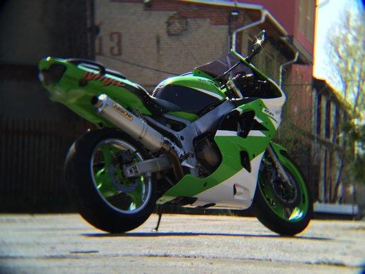 Bild Kawasaki Zx6R von Crowqette