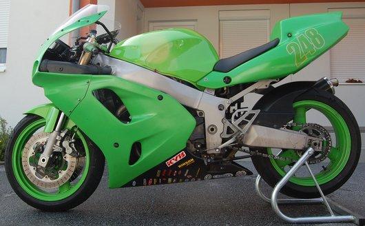 Bild Kawasaki ZXR750 von theincs