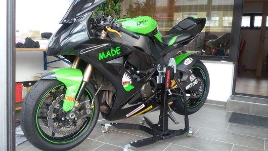 Bild Kawasaki ZXT00E von Made