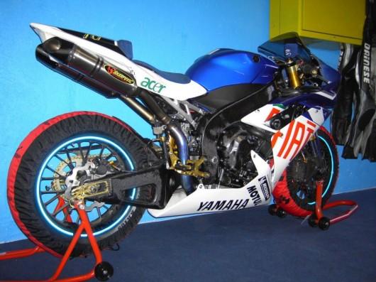 Bild Yamaha R1 2007 von Michi Motorsport