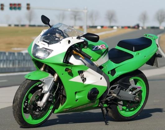 Bild Kawasaki ZXR600 von Scheisendreck