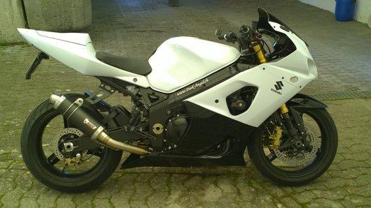 Bild Suzuki GSX-R1000 K3 von Black'n White Rider