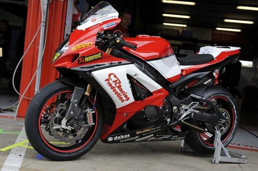 Bild Suzuki GSXR1000 K8 von CR-Racing Team