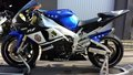 Yamaha R1 RN 04