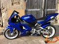 Yamaha R1 (RN04)