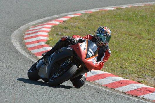 Bild Yamaha R1  RN12 von VisierBlitz