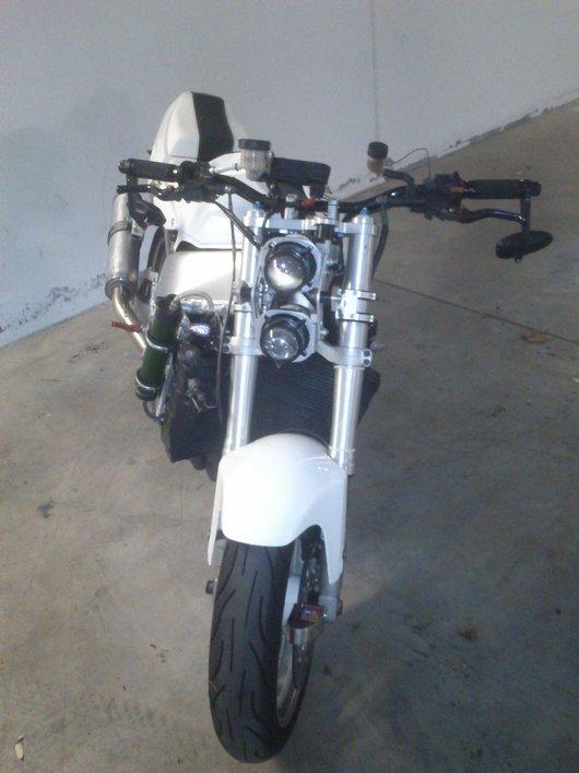 Bild Yamaha YZF 750 R von Scordalus
